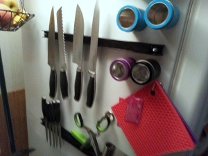 magnetic_items_to_organize_your_kitchen_l2